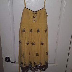 Yellow Windsor summer dress